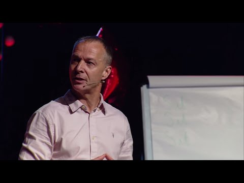 Physically Active LearningImproving Performance | Bryn Llewellyn & Andy Daly-Smith | TEDxNorwichED