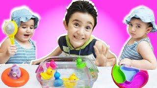 Learn Colors With Ducks For kids 2019 |toys | children songs - تعليم الوان للاطفال العاب واغاني