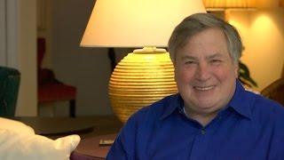 Hillary's Iran/Contra Scandal! Dick Morris TV: Lunch ALERT!