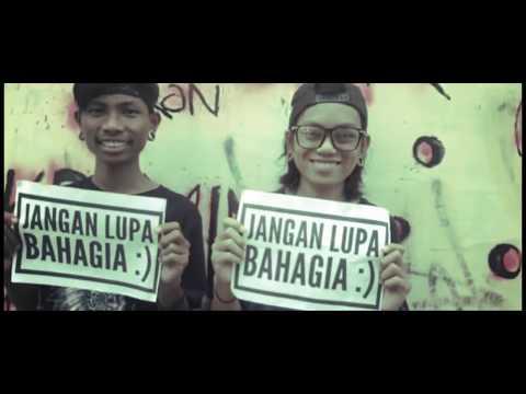 Official Video Clip Wearesco - Jangan Lupa Bahagia