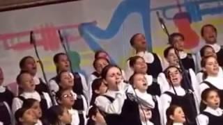 """""""CANÇÃO DO MAR"""" (Amália Rodrigues) - Meninas Cantoras de Petrópolis no Morro da Urca"""