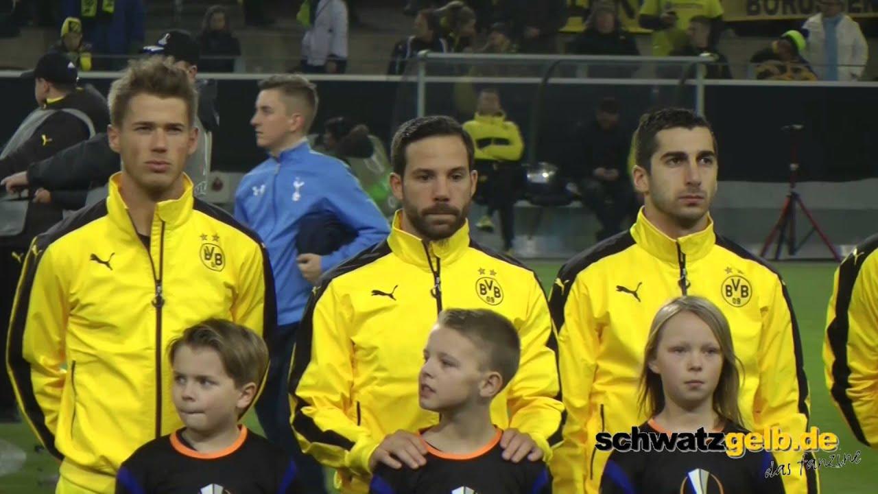 Borussia Dortmund Einlauf vor dem Spiel gegen Tottenham
