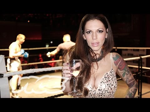 Black Widow: Dominating the Masculine World of Boxing