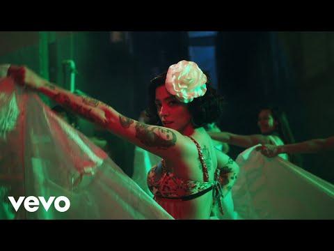 Mon Laferte, Guaynaa Lead Reggaeton Protest in New 'Plata Ta Tá' Video
