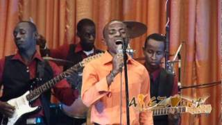 Ni Wewe Unzigama Live (Official video) by David.mpg(www.akeza.net)