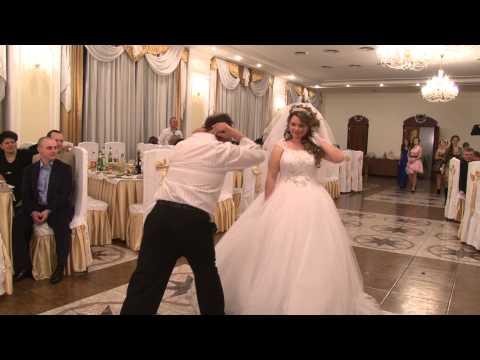 Ради танца с отцом дочь перенесла свадьбу в госпиталь.