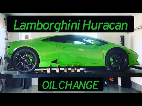 How to change the engine oil on a Lamborghini Huracan