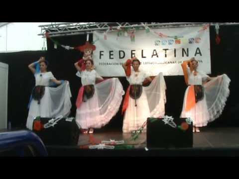 """La Bruja - """"México Baila"""" a la """"Feria de Abril"""" de Catalunya"""