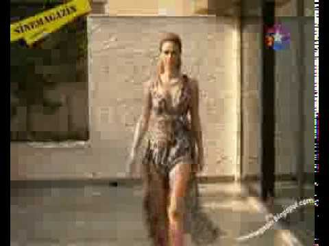 Tülin Şahin'in Leoparlı Elbisesi