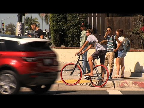 New Law: 3 Feet Between Cyclists & Cars