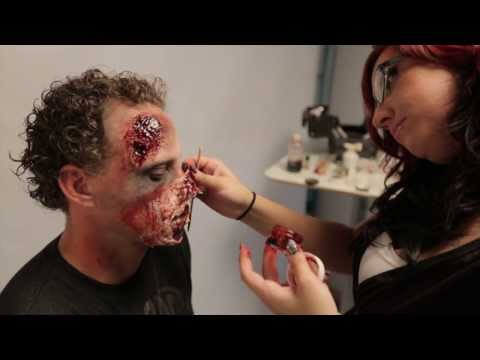 Simple Zombie makeup tutorial - Zombie Walk Jackson