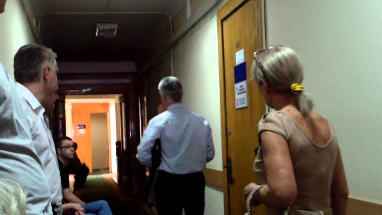 Judecătoarea Cojocari vorbește cu justițiabili fără martori