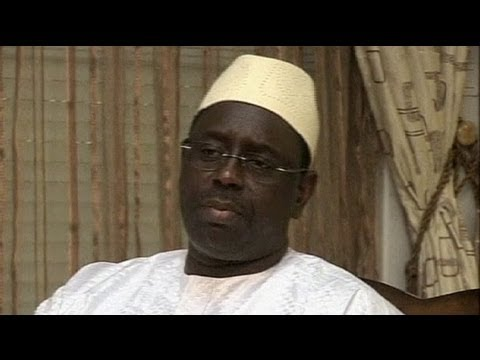 Senegal's Sall continues pursuit of stability