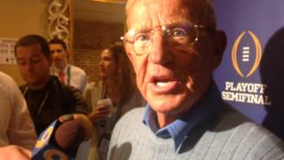 Lou Holtz on hiring Urban Meyer at Notre Dame
