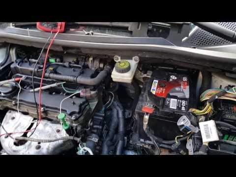 Citroën C4 1.4 petrol KFU, engine light on, P0351. Fault finding and repair.