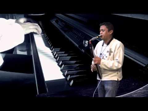 aza avela hahalala (Rado) piano, saxophone  EWI (ultradéfinition 4K)