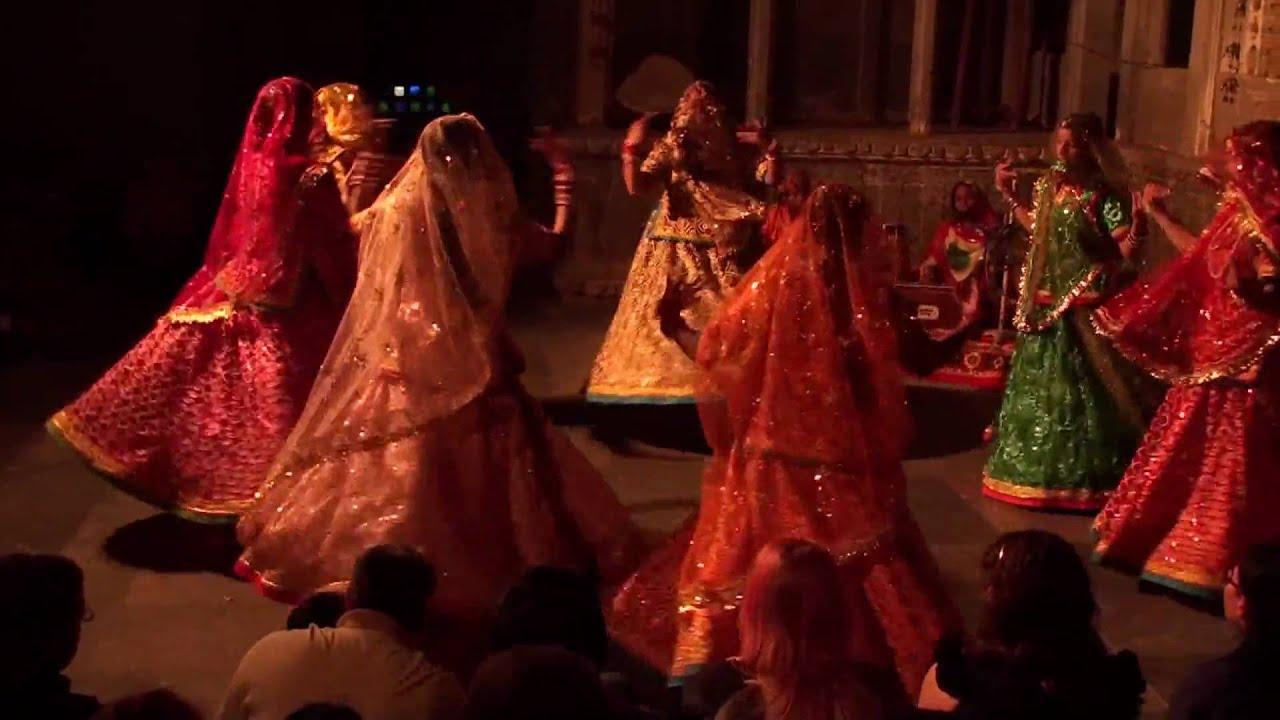 Ghoomar Video Song - Padmavati - Filmibeat