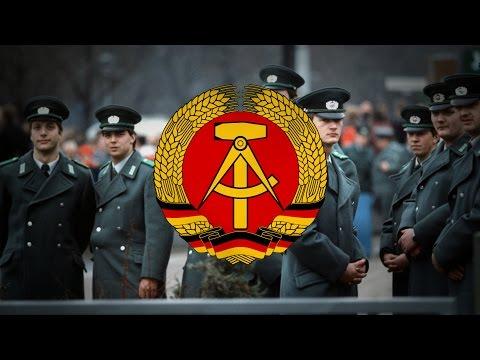 """German Democratic Republic (1949-1990) """"Der offene Aufmarsch"""""""