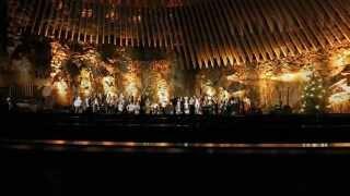 Финский мужской хор YL /Ylioppilaskunnan Laulajat/ в церкви в скале /Temppeliaukion Kirkko/