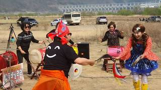 서울 닐리리 줌마학원분들의 단체공연 ㅡ천사모ㅡ