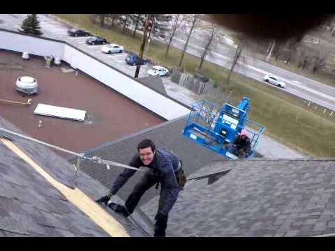 Roofing 5 Storys Up Off Safety Rope Youtube