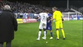 Les supporters de Bastia insultent Ntep.