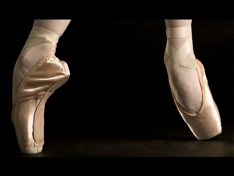 The Royal Ballet from the perspective of a pointe shoe (Go-Pro)