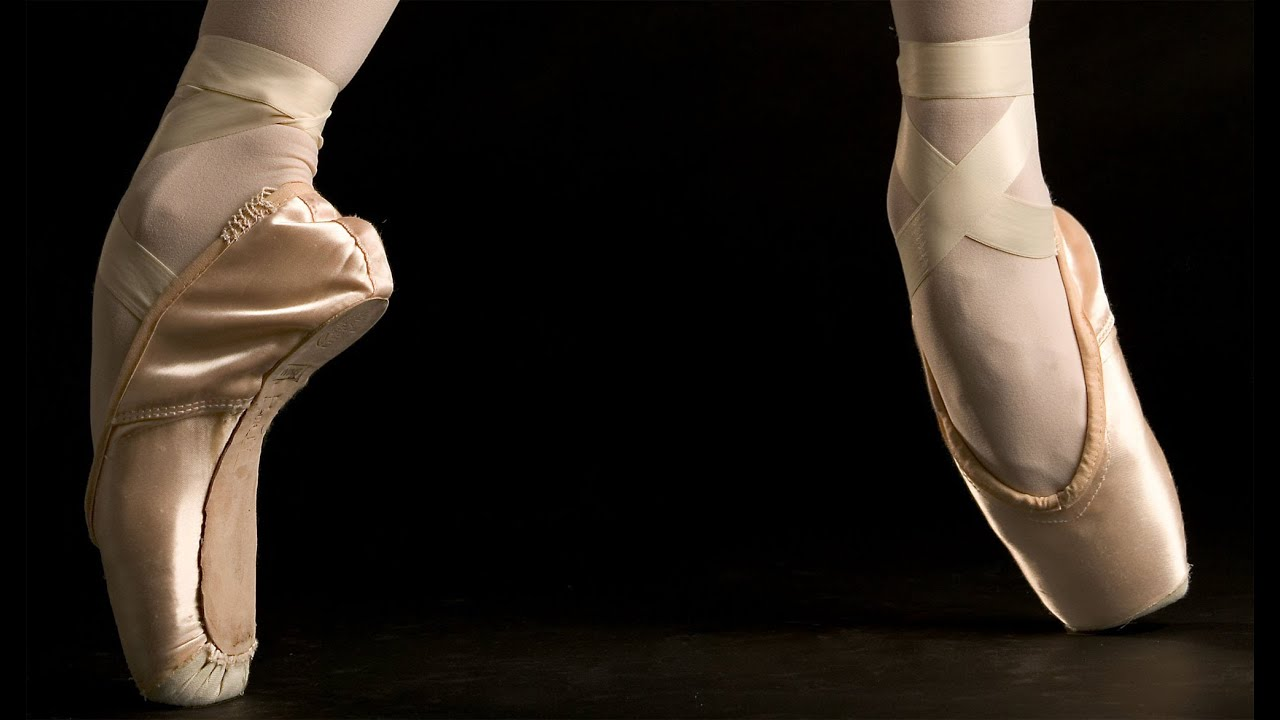 acc34d824 The Royal Ballet from the perspective of a pointe shoe (Go-Pro ...