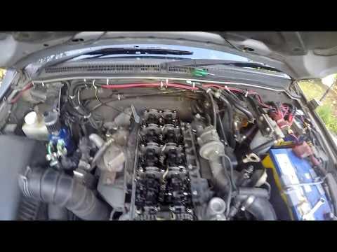 NP Diesel Pajero Valve/Tappet Adjustment - YouTube