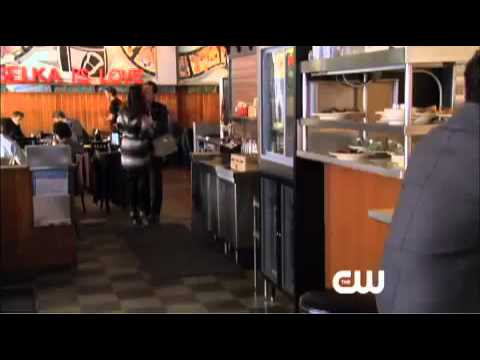 """Gossip Girl 4x18 """"The Kids Stay In The Picture"""" Promo #5 : Midnight"""