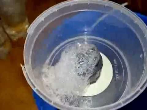 Skimmer casero paso a paso parte 1 bomba funnydog tv for Como hacer un filtro para piscina
