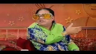 Hasb e Haal - 1 November 2015 | Azizi as TV Viewer Nazir Malik