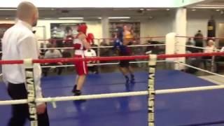 Nyrkkeily C-juniorit: Carl - Max Erä 3 (6.4.2013)