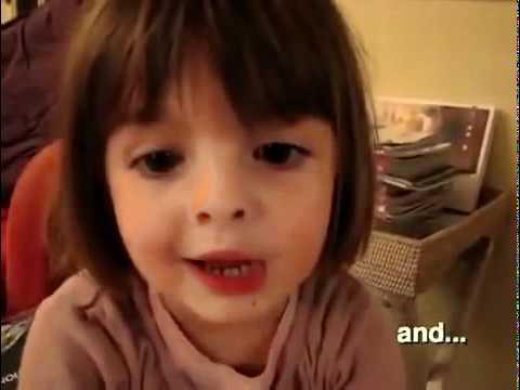 une petite fille qui raconte une drole d 39 histoire youtube. Black Bedroom Furniture Sets. Home Design Ideas
