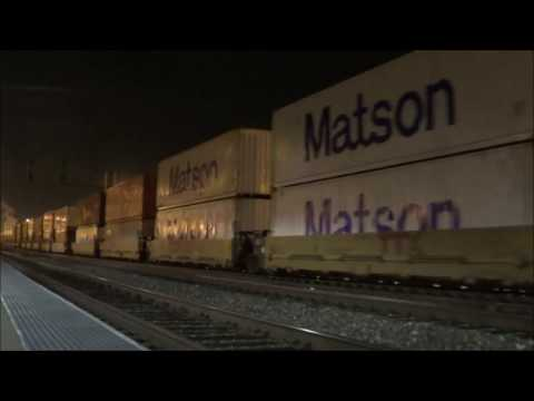 10-26-16! Late NIGHT railfanning at Commerce and Montebello, CA stations!!