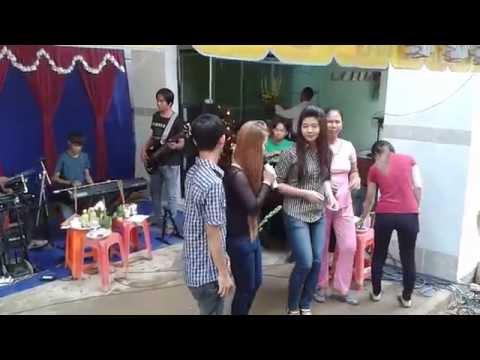 khmer tra vinh (khai truong ban nhac)