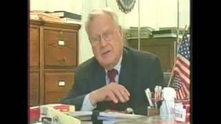 Retired FBI agent Ted Gunderson tells all - 1/8