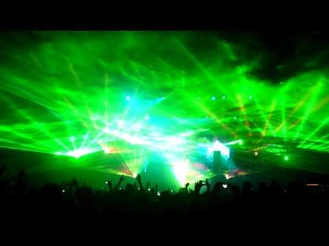 Armin van Buuren @ Cacao Beach 2010 ( Arty - Hope (Original Mix) )