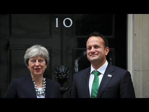 Britain and Ireland hold Brexit and NI assembly talks