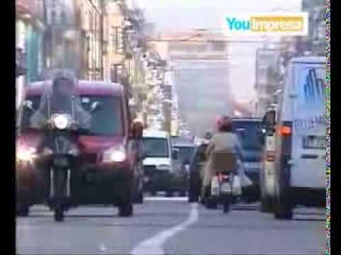 Modena, la rissa nel negozio di alimentari: le reazioni from YouTube · Duration:  3 minutes 20 seconds