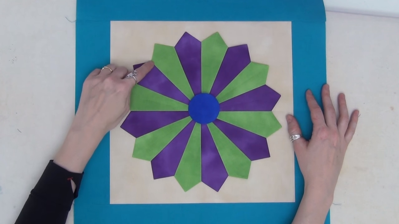 How To Make A Dainty Dresden Plate Quilt Block Beginner Quilting