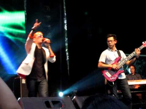 Aditya - Sangat Rindu | Live from Java Soulnation Festive, Jakarta 2011