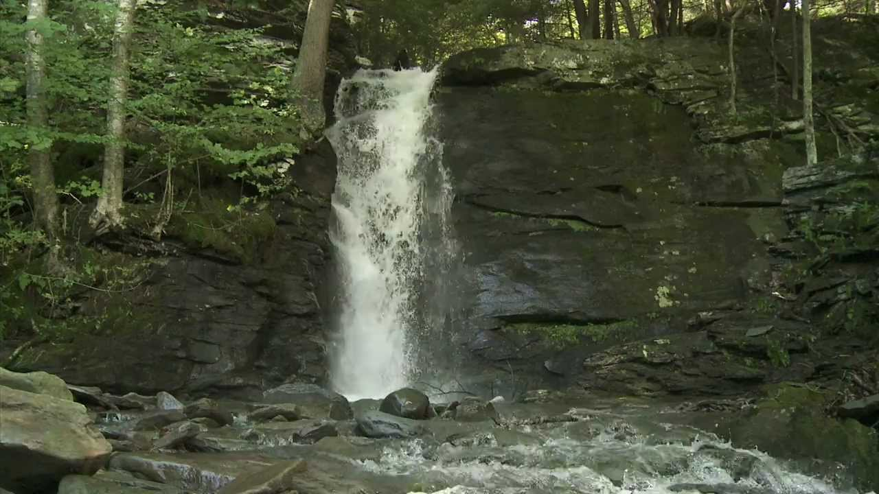 Falling Waters Quot The Waterfall House Quot In Upstate Ny