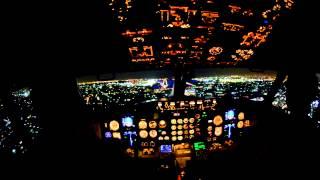gece iniş yapan yolcu uçağı kokpiti(HD)