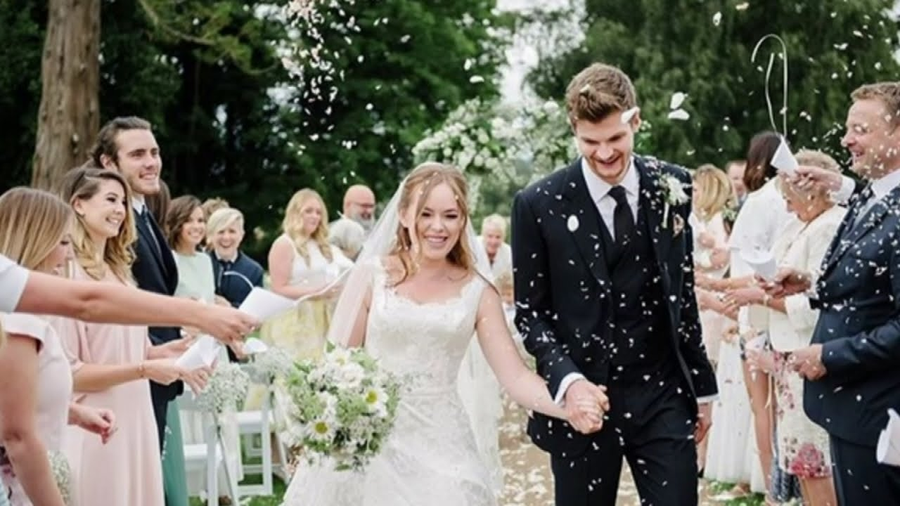 YouTubers Tanya Burr & Jim Chapman are MARRIED!   YouTube