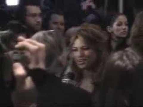 "Eva Mendes in horror film ""Live!"""