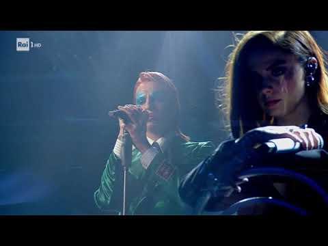 """""""Gli uomini non cambiano"""" - Achille Lauro con Annalisa - Sanremo 2020 - la musica migliore"""