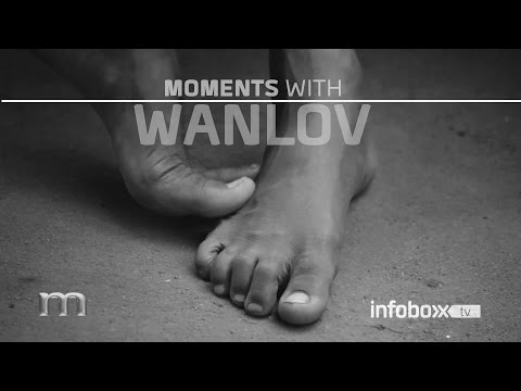 MOMENTS WANLOV