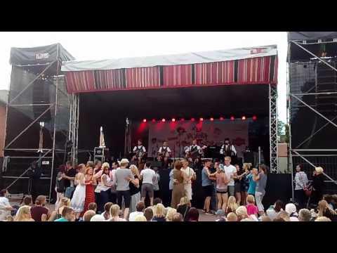 Viljandi Folk 2017: Lõõtsavägilased – Kaks Peiut