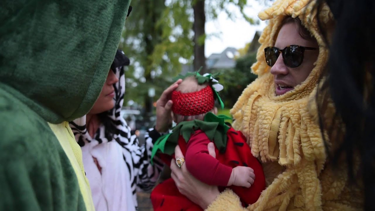 macklemore sloane go trick or treating 2015 youtube